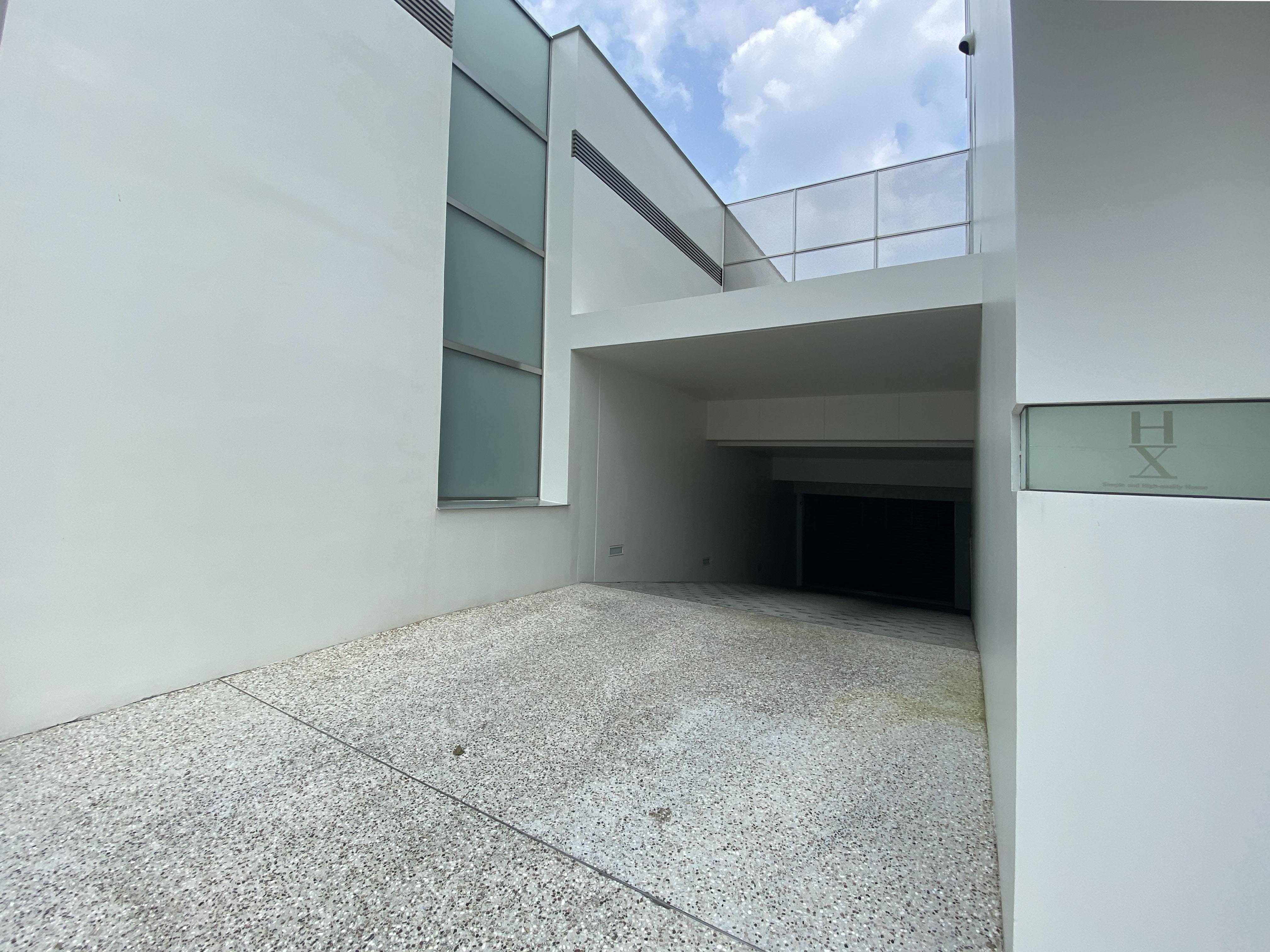 HX駐車場