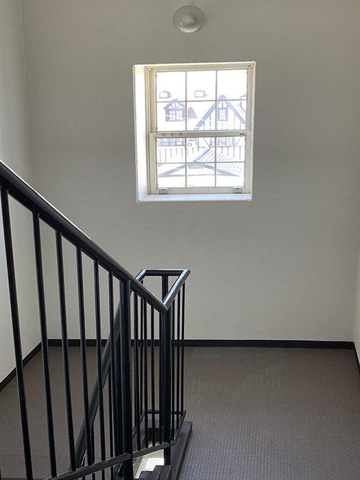 MA MAISON 参番館階段