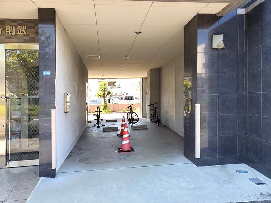 3_駐車場北側