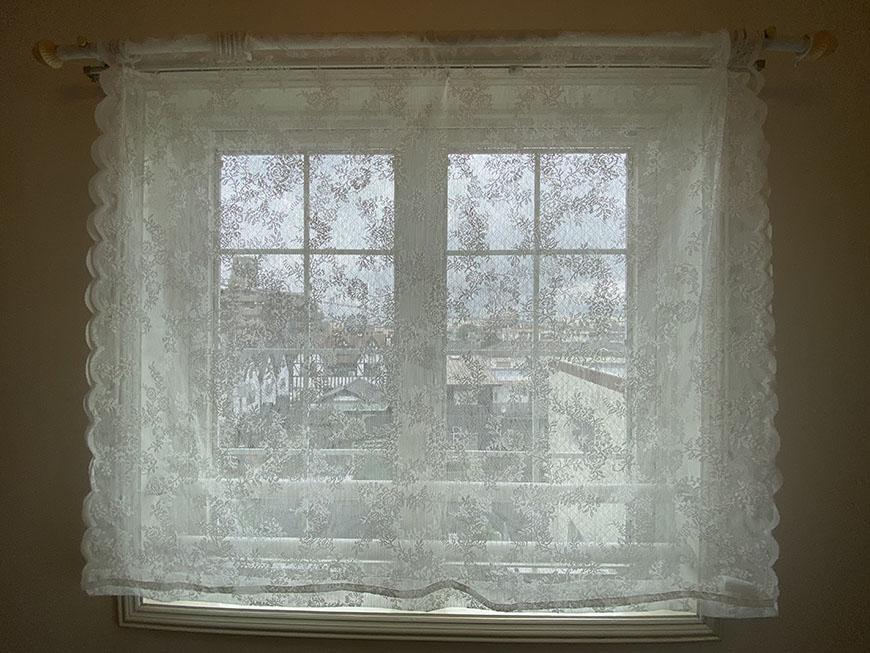 MA MAISON 参番館 401号室窓ごし