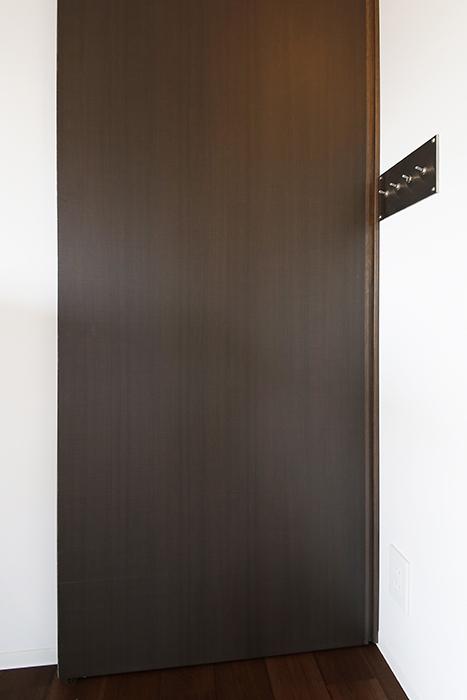 ロイヤルハイツタニ_306号室_LDKと廊下の仕切りのドアをクローズ_MG_2286