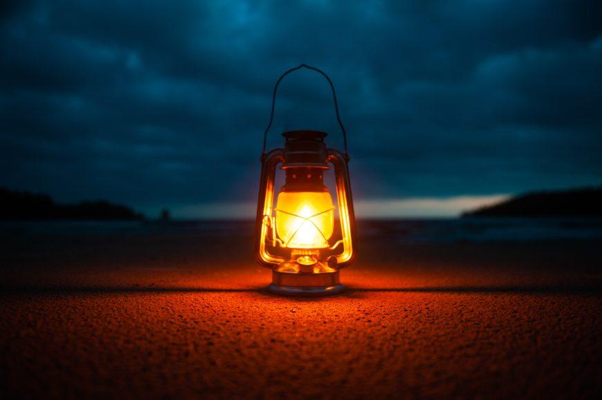 インテリアに取り入れたいランタンの灯り_2E00698A-4005-4BC5-8963-A729D85C2C61