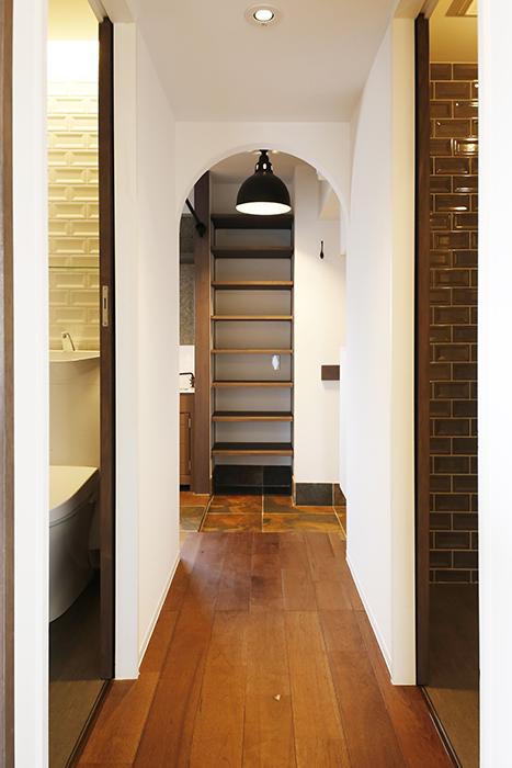 ロイヤルハイツタニ_306号室_LDKから廊下への眺め_MG_2277
