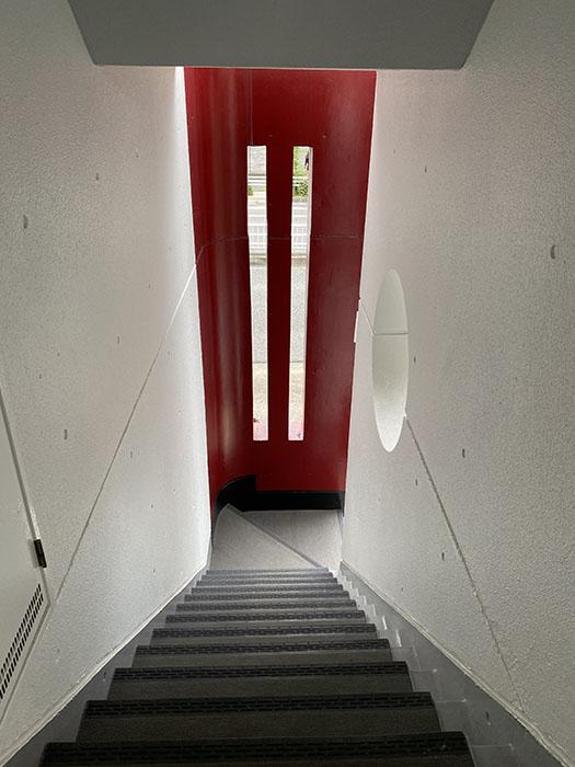 T・Sハイツ階段