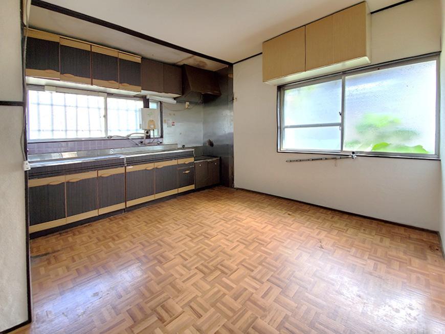 5_1階_ダイニングキッチン01