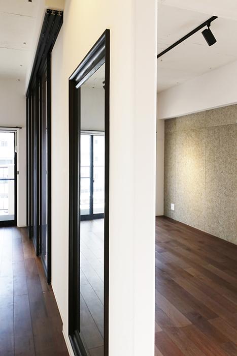 ロイヤルハイツタニ_306号室_LDK_リビングと洋室の間の壁_MG_2765