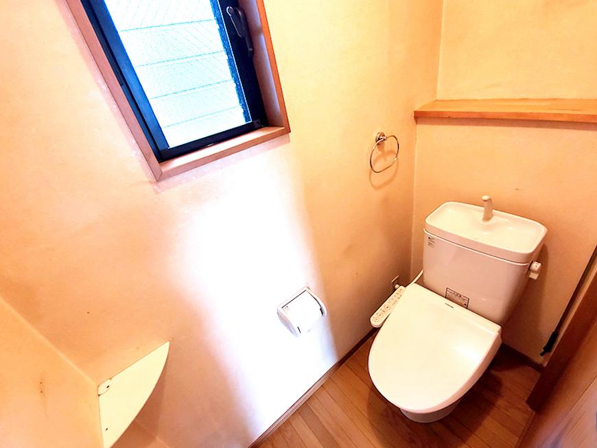 2階トイレ01