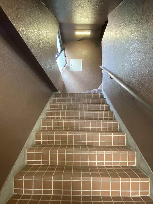 寿秀ハウス 階段