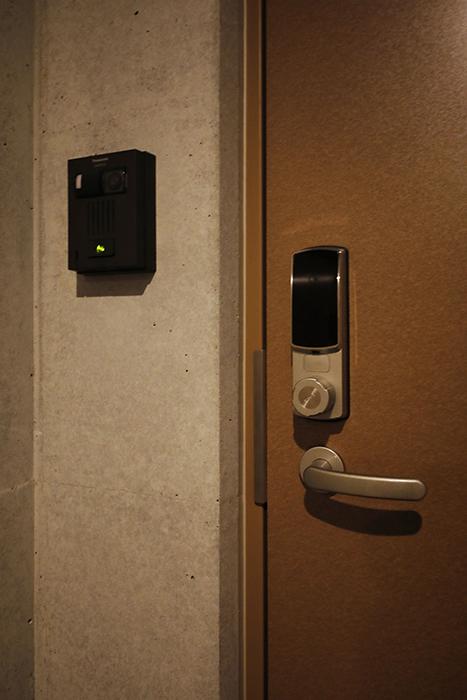 星が丘【02/HM】301号室_玄関ドア_鍵はカードキーを使用します_MG_4934