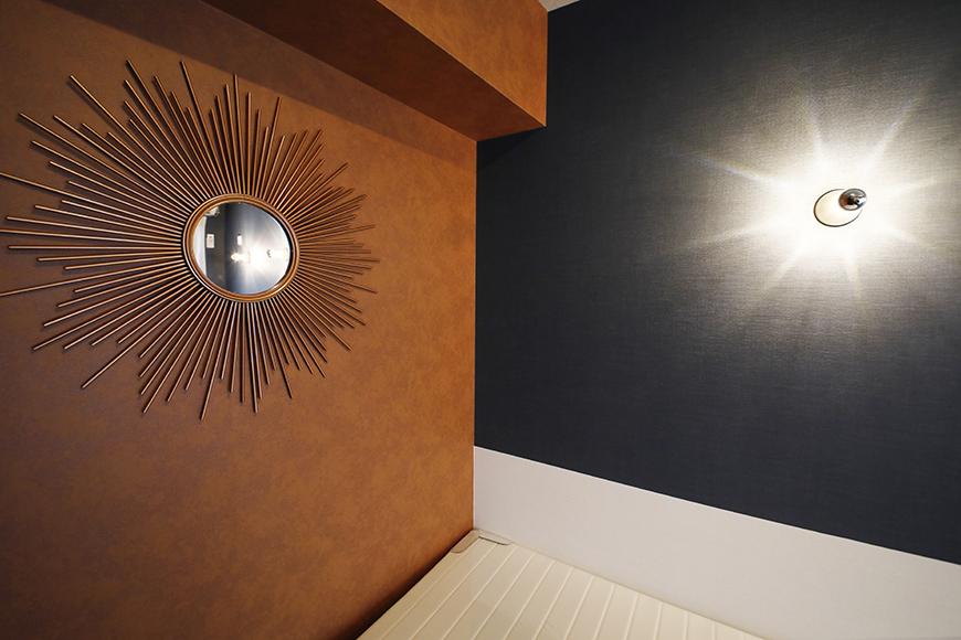 星が丘【02/HM】305号室_洋室_ベッドまわりの照明と鏡_MG_5659