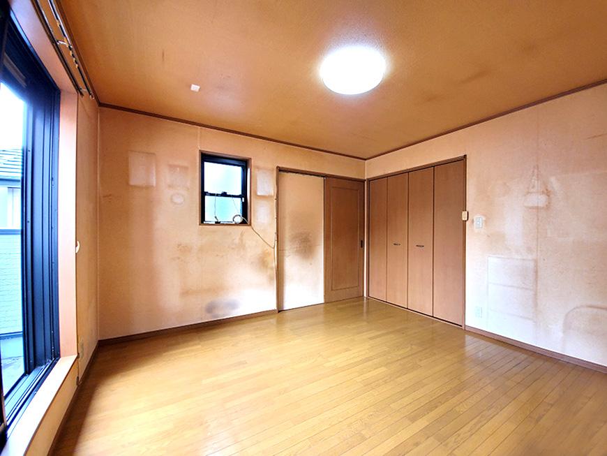 2階洋室8帖_02