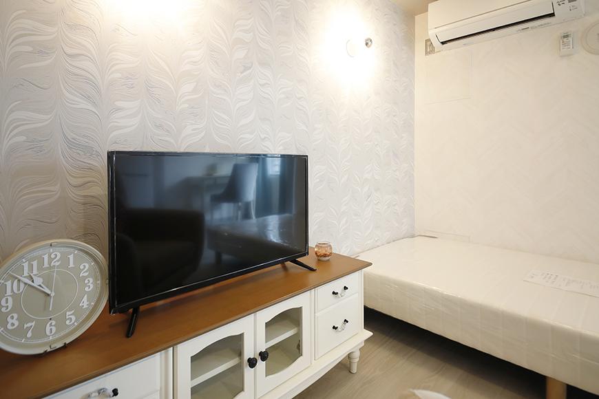 星が丘【02/HM】302号室_洋室_ベッドまわりにテレビ台を_MG_5389
