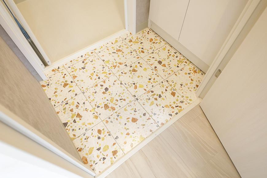 星が丘【02/HM】302号室_サニタリースペース_ステキな模様の床材_MG_5357