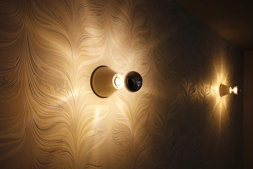 星が丘【02/HM】302号室_洋室_ステキな照明で壁紙が映えます_MG_5398