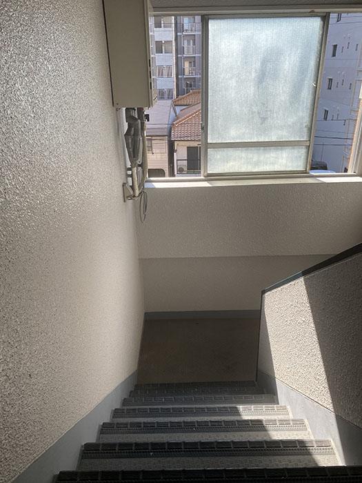 メゾン泉 階段