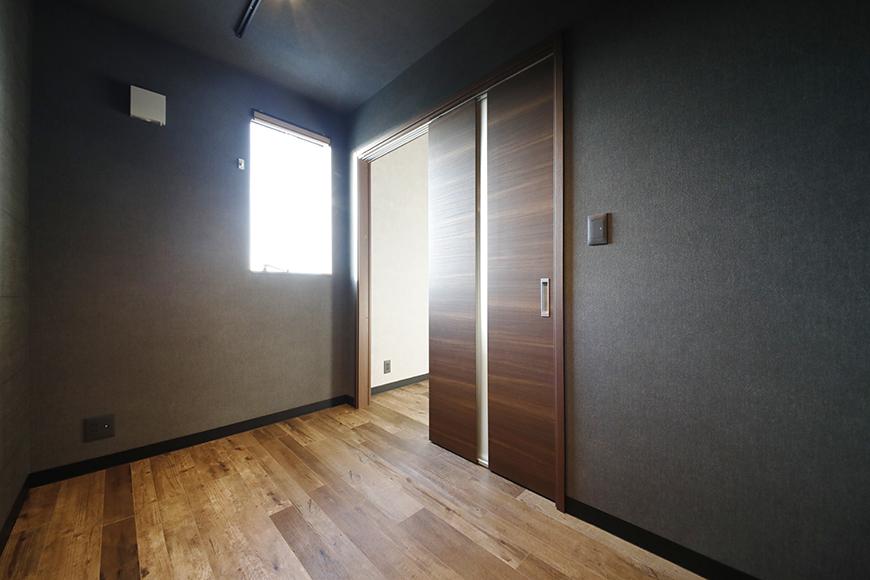 洋室奥側から入り口をみたところです。_MG_8695