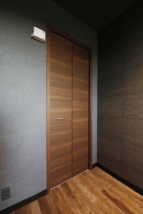 洋室奥の収納スペースです。_MG_8705