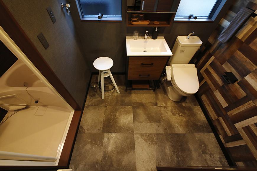 ▲【ESPRESSO一宮】の水廻りは、サニタリールームとして、バスルーム、洗面所、トイレが一体になっています。_MG_9281