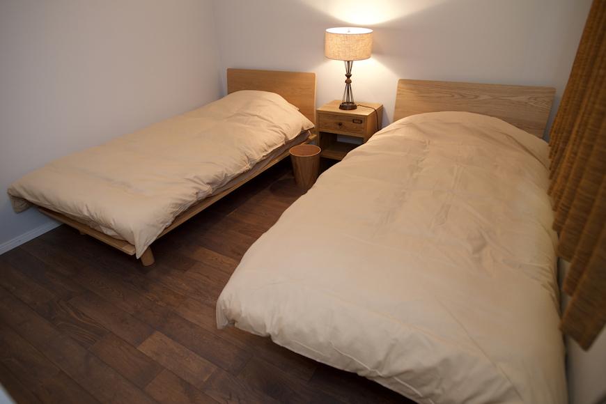 八ヶ岳ガレージハウス_A2_寝室A