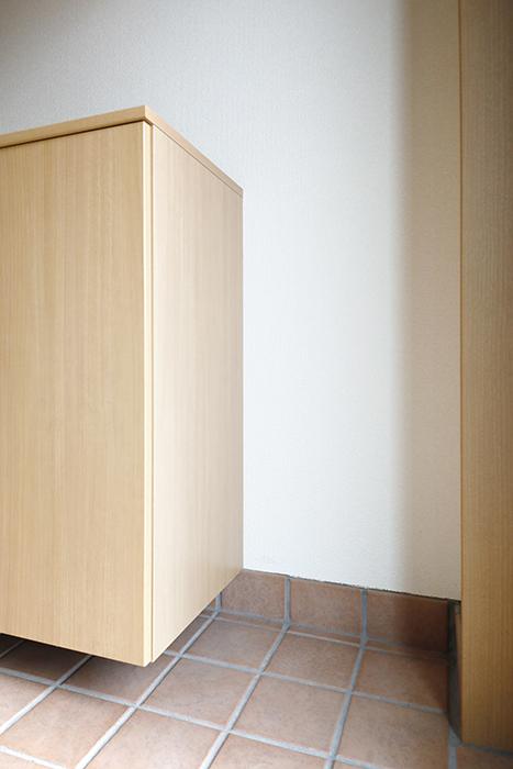 【センキ3】_玄関_シューズボックス横のスペース_MG_9762