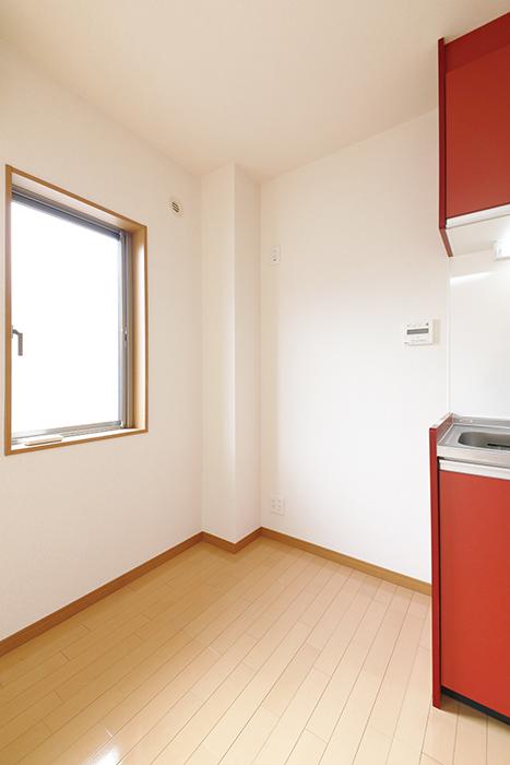 【センキ3】_2階_LDK_キッチン_冷蔵庫置き場_MG_0018