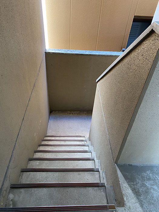 コーポ葵 階段