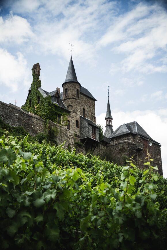 石造りの古城はメルヘンを感じる