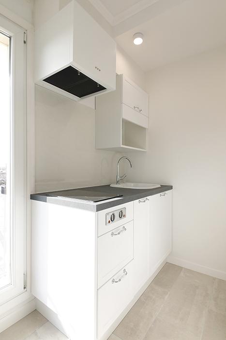キッチンは、コンパクトなタイプです。_MG_5994