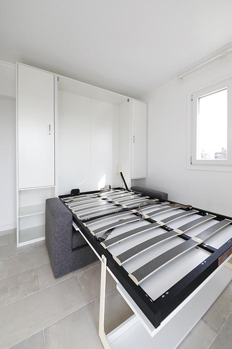 ベッド部分を完全に引き出したところです。この上にマットレスを敷いて使います。_MG_6074