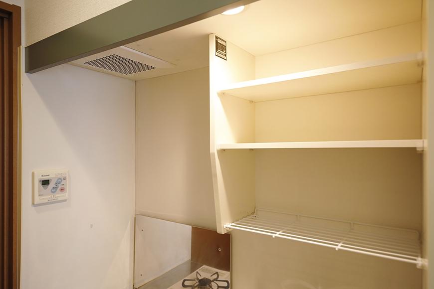 【ジュネス・5・栄】_2C号室_キッチン_収納棚・コンパネ_MG_2255