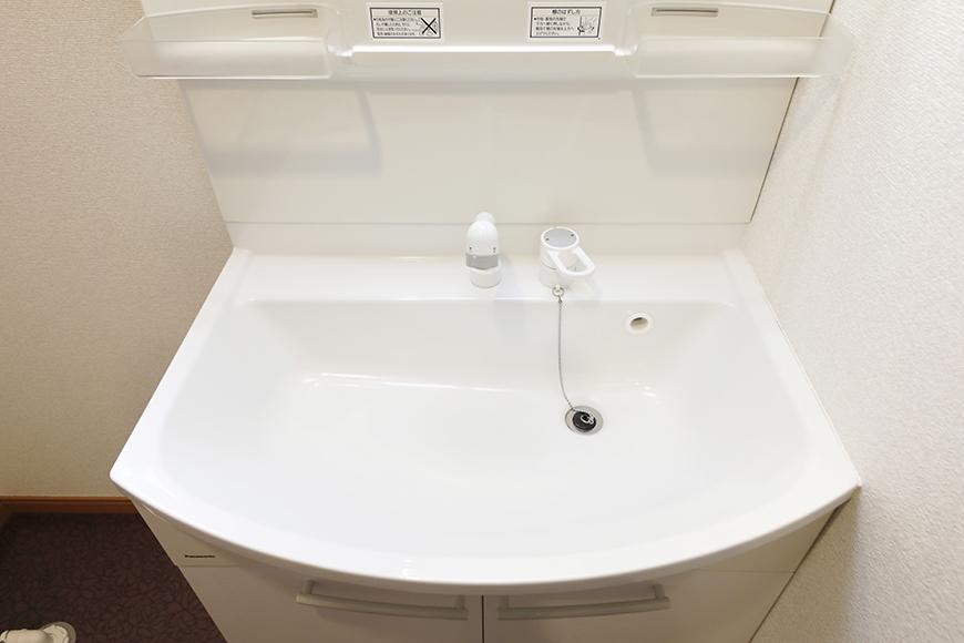 【センキ3】_2階_サニタリースペース(水回り)_独立洗面台_MG_9878