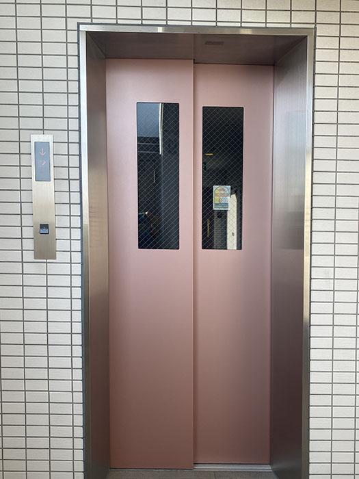 プロビデンス栄南 エレベーター