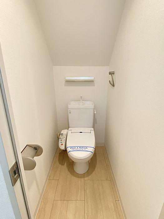 ライジング泉H・Mビル 1Fトイレ