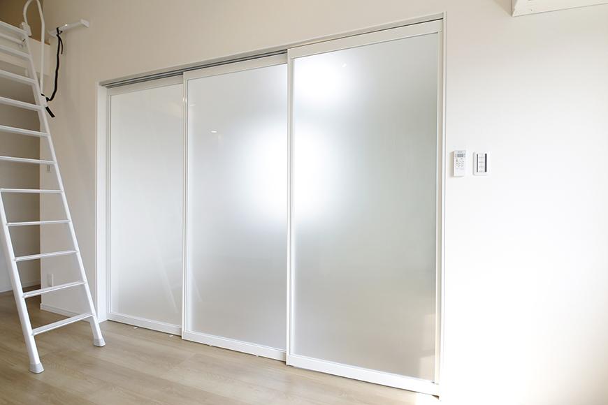【Mon espace(モンエスパス)】A号室_2階_LDK_洋室との仕切りのドア_MG_9565