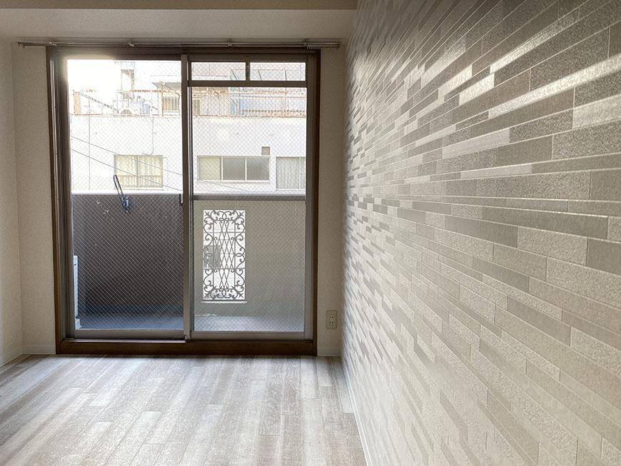 プロビデンス東新町 303号室部屋壁