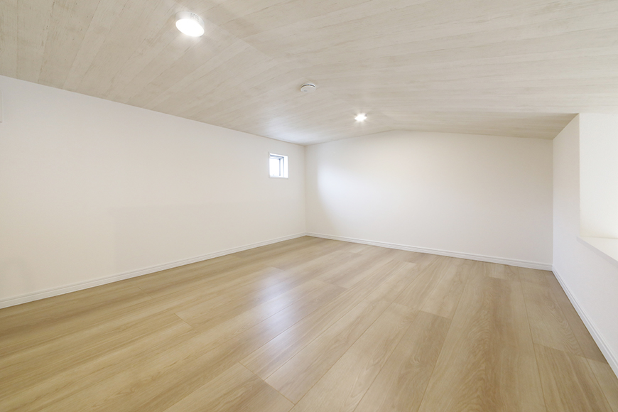 【Mon espace(モンエスパス)】B号室_2階_ロフト(5.8帖)_全景_MG_0030