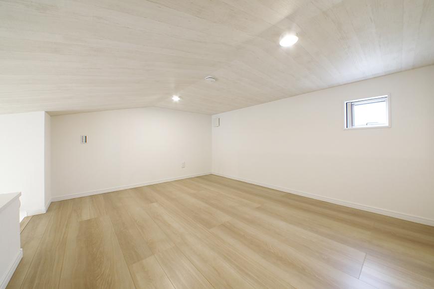 【Mon espace(モンエスパス)】B号室_2階_ロフト(5.8帖)_全景_MG_0037