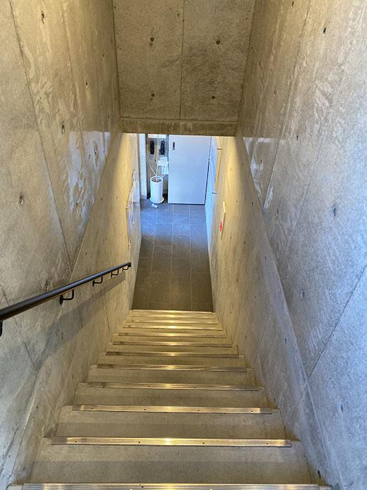 LeGioie名駅2 階段2