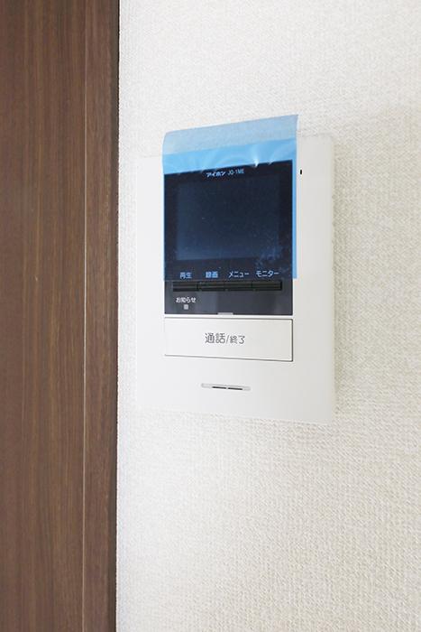 【吉川屋ビル】_5D号室_洋室_TVモニタ付インターフォン_MG_2736
