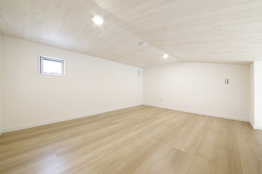 【Mon espace(モンエスパス)】A号室_2階_ロフト(5.8帖)_全景_MG_9696