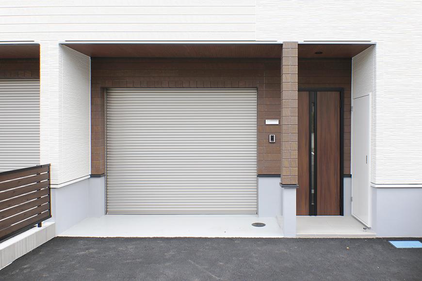 【Mon espace(モンエスパス)】B号室_外観_ガレージ周り_MG_9758