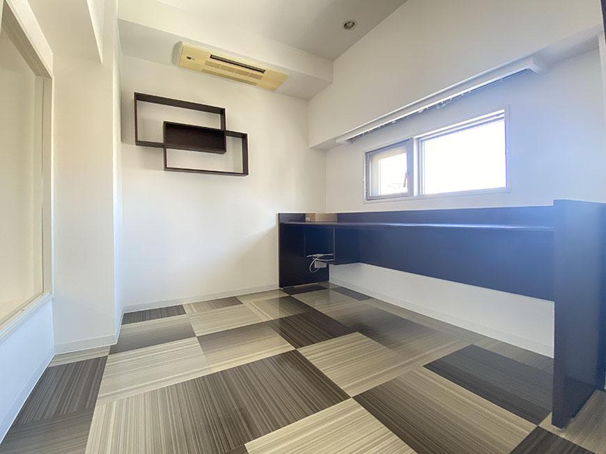 ライジング泉H・Mビル 701号室小部屋