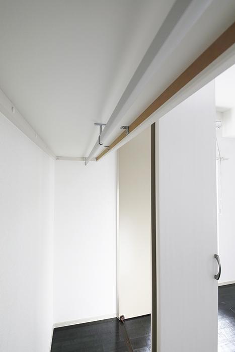 【山幸ビル】203号室_洋室_クローゼット収納_MG_3186
