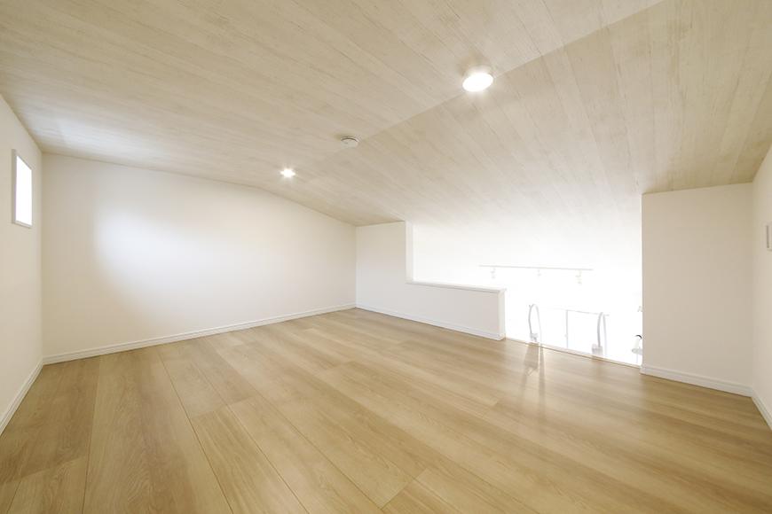 【Mon espace(モンエスパス)】B号室_2階_ロフト(5.8帖)_全景_MG_0032