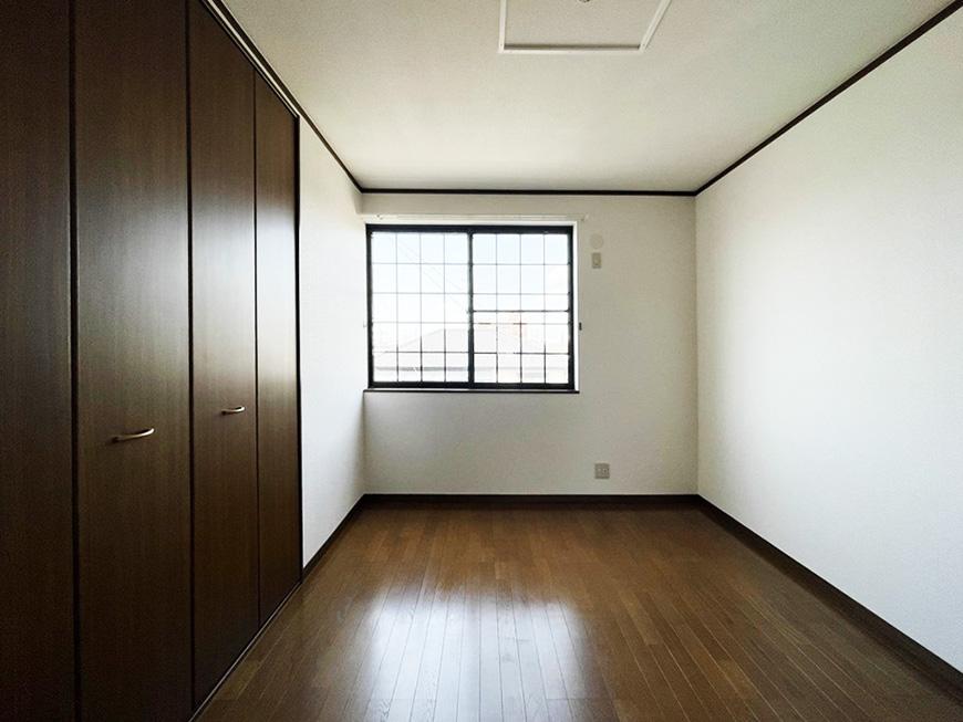 シャーウッド87_3階_格子窓