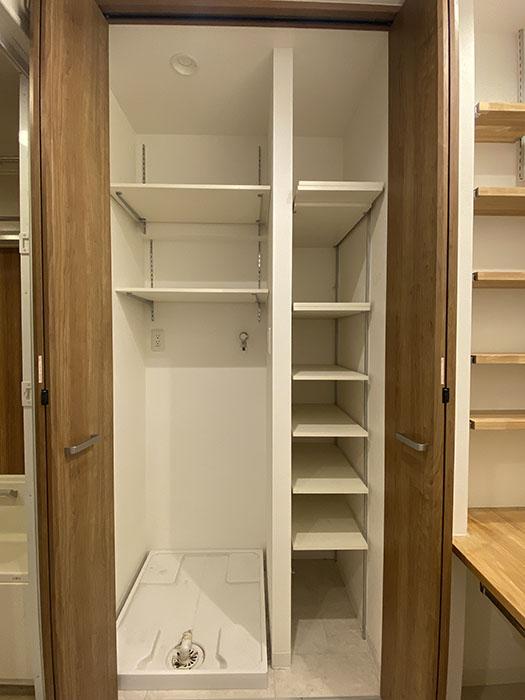 エクセレンス新栄 701号室洗濯機置き場