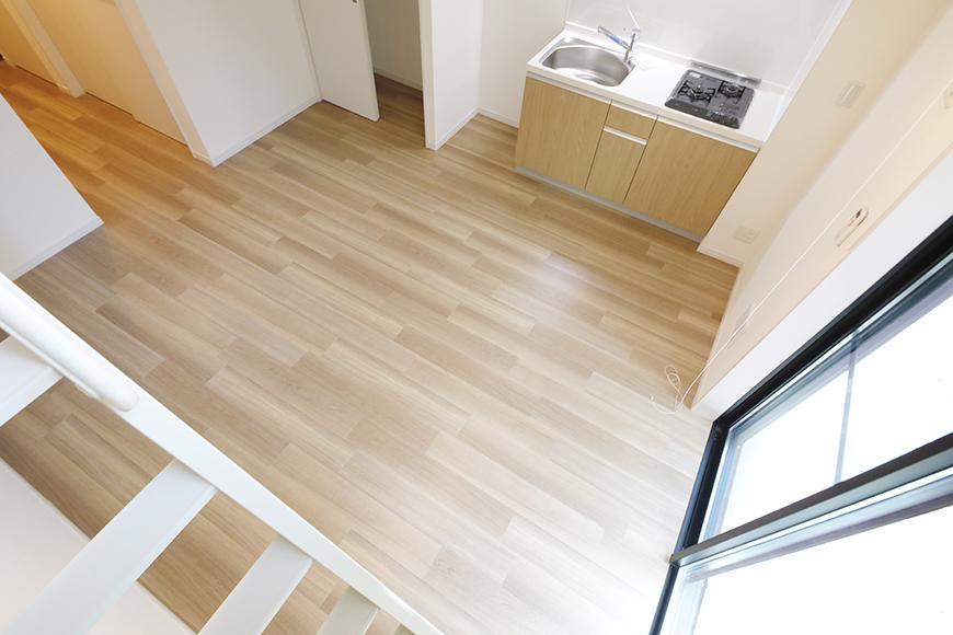 【アーブルフレール】B棟_106号室_ロフトの階段途中からの眺望_MG_2784