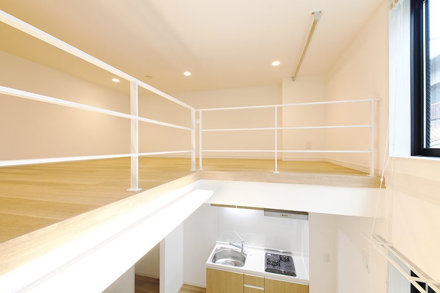 【アーブルフレール】B棟_106号室_ロフトの階段途中からの眺望_MG_2788