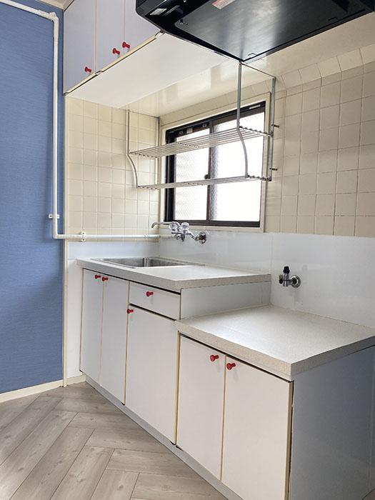 第5七福ビル 706号室キッチン