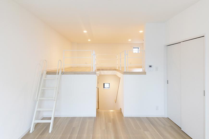 【アーブルフレール】B棟_206号室_洋室とロフトの全景_MG_3039